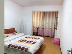 砖瓦村3室2厅2卫120m²精装修13207