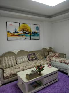 (西城)四海宜嘉3室2厅1卫58.8万113.86m²中档装修出售
