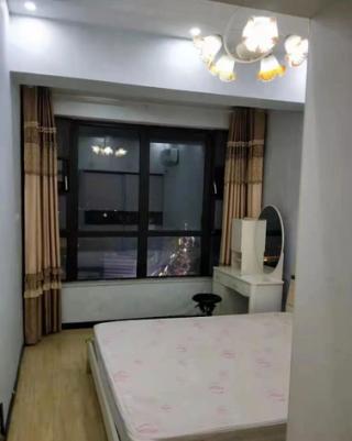(市中心)万象城1室1厅1卫1300元/月53m²精装修出租